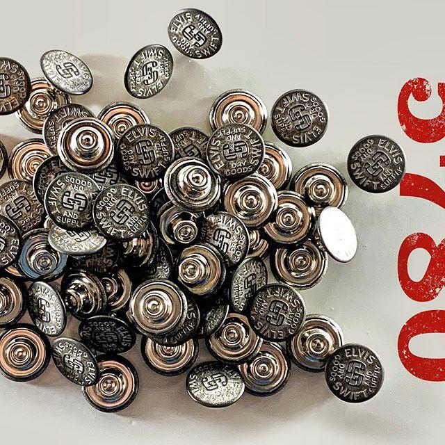 ELVIS SWIFT Dry Goods & Supply Custom Branded Buttons #elvisswiftdrygoods #tackbutton #jeanbutton #buttonup #ykkusa #ykkbutton #naplesfl #naplesflorida